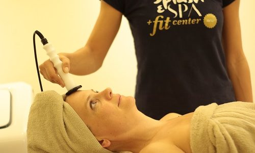 Only in October 8 sessions of facial radiofrequency